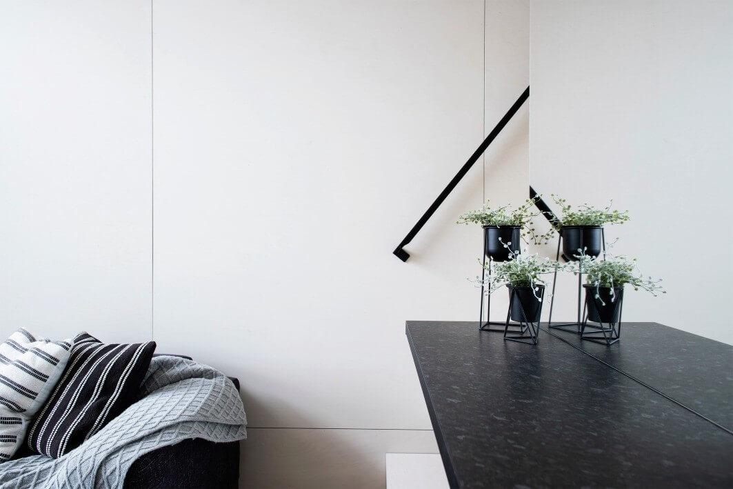 KODA-Light-living-space-mirror_GetterKuusmaa
